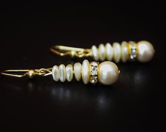 FREE SHIPPING, cream color earrings,cream dangle earrings, ivory color earrings, ivory earrings, cream and gold earrings, ivory dangles,