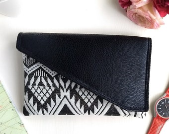 Faux Leather Clutch Bag Envelope Clutch Wedding, Traveler Gift for Women, Boho Clutch Bridesmaid Gift Evening Purse, Girlfriend Gift for Her