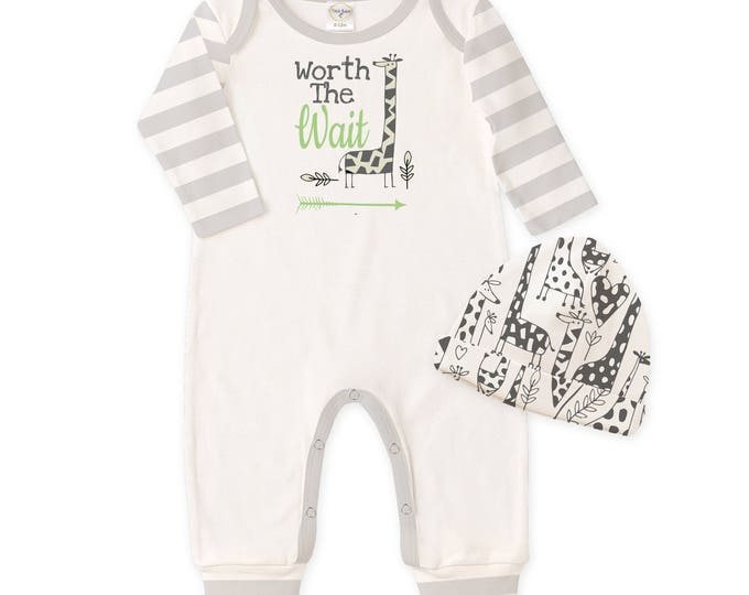 Newborn Boy Coming Home Outfit Giraffe, Baby Boy Worth the Wait Outfit, Welcome Home Baby Outfit, Giraffe Baby Take Home Outfit TesaBabe