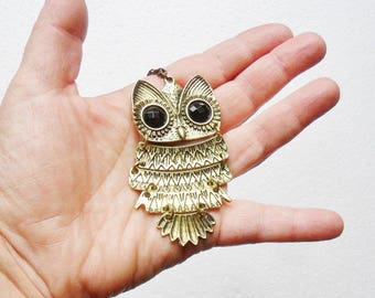 Owl Pendant Statement Necklace Articulated Retro Gold Tone Quirky Cute Owls Lover Gift