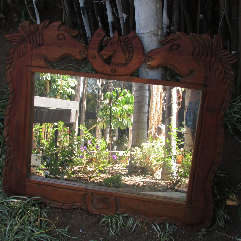 Espejo grande de madera tallado caballo herradura vaquero