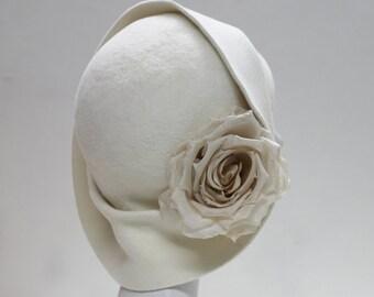 The Anais Cloche - Wedding Hat - 1920s Cloche w/ Silk Rose - Bridal Hat - Ivory Felt Hat - Formal Hat - London  Millinery