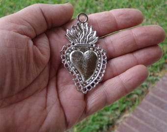 Heart Milagro 3 Silver Tone Sacred Hearts Mexican Milagros Charms ExVotos Great For Weddings  N Celebrations