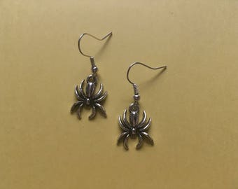 Spider Drop Earrings (dangly, long, halloween)