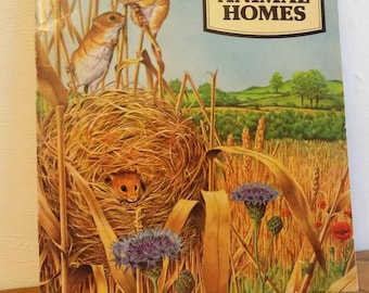 Vinatge 1970s Children's Nature Book: EXPLORING ANIMAL HOMES Biology Colorful Booklet Detailed Illustrated Free Shipping! Piccolo Books