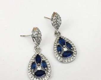 Dangle drop earrings sapphire blue stones