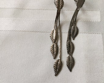 Vintage Silvery Leafy Earrings