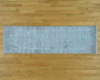 "2'6""x5'8"" Wool and Silk Hand-Knotted Broken Persian Design Runner Rug"