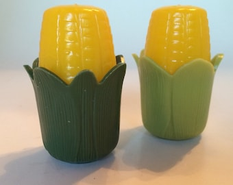 Salt and Pepper Set Vintage Corn on the Cob Plastic Shakers