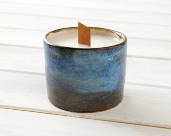 Soy wax candle - Ceramic Pot Design by JV Cobos - Roraima Collection
