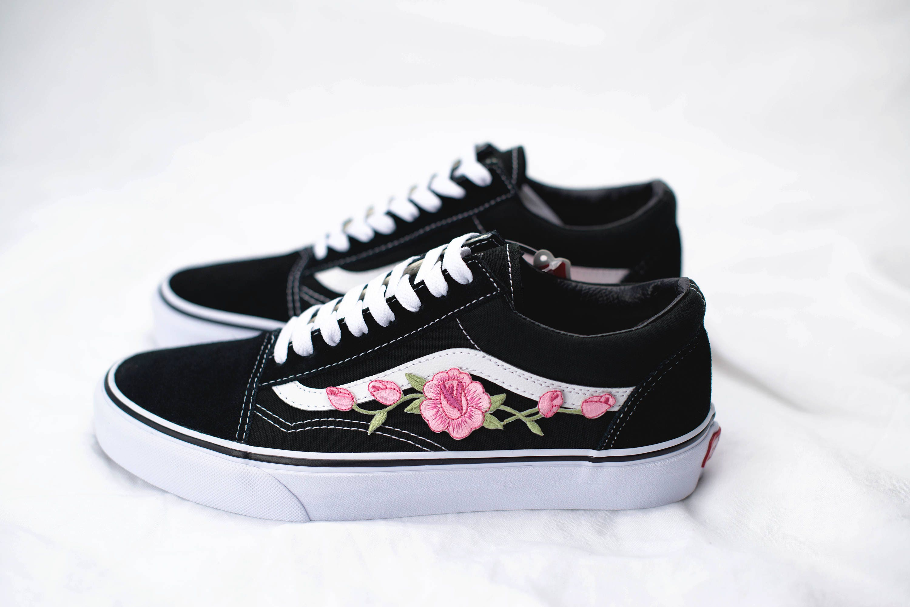vans old skool custom 39 rose patch 39 eur 34 5 47. Black Bedroom Furniture Sets. Home Design Ideas