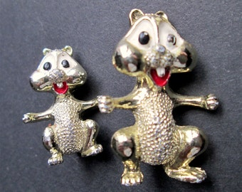 Vintage Pair of Brooches Pins Signed GERRY's Figural Cartoon Chipmunks Gold Tone Enamel Cute Funny Happy Kitsch Retro Set of Two 2