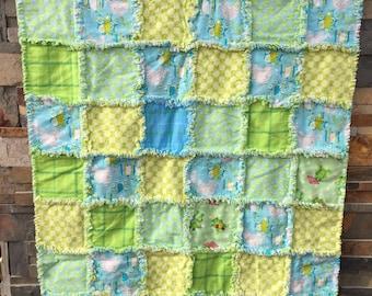 Neutral baby rag quilt