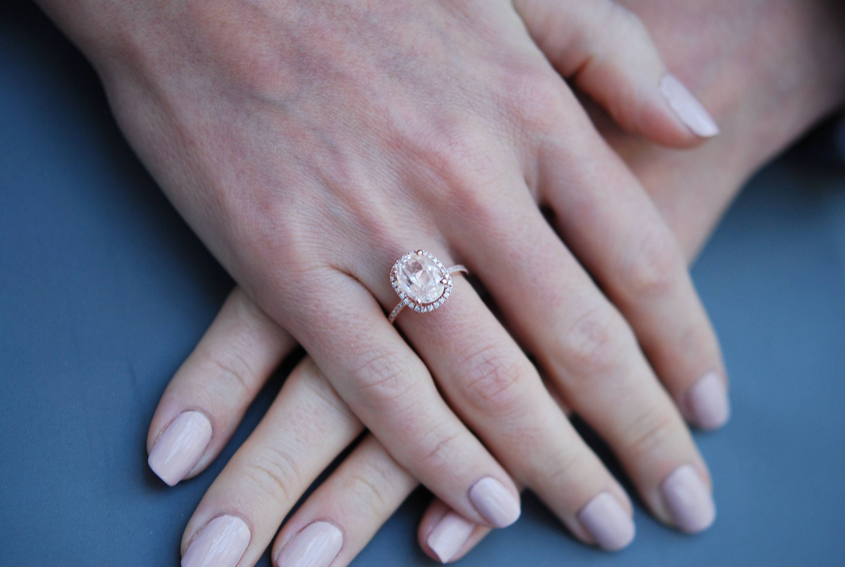in diamond rose sapp products kristin twiggy dia band vintage halo ring engagement emerson sapphire mod profile champagne low peach gold