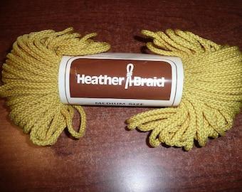 Vintage Heather Braid Medium Size Yellow Skein