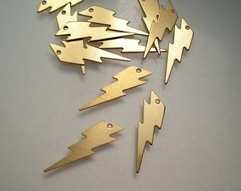 12 flat brass lightning bolt charms
