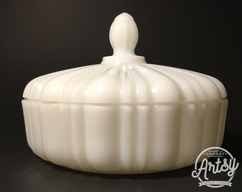 Vintage ANCHOR HOCKING Milk Glass Candy Dish, Old Cafe Pattern