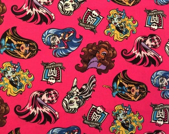 Travel Pillow Case / Child Pillow Case / Monster High / Fabulous Poses on Bright Pink