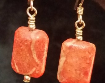 959 Apple Coral Earrings