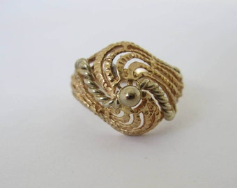 Gold Ring, Solid Gold Ring, Swirl Ring, Dome Ring, Two Tone Ring