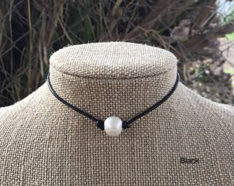 Pearl Necklace, Leather Pearl Necklace, Single Pearl Choker Necklace, boho choker, women boho necklace, June birthstone, bridesmaid,birthday