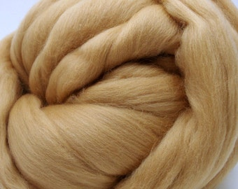 4 oz. Merino Wool Top - Dune - Ships Free
