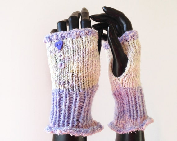 Fingerless Mittens - Winter Walk Frilly Fingers - Lavender Mauve Fingerless Handwarmers