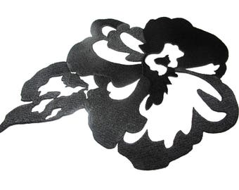 APPLIQUE FLOWER AND LEAF EMBROIDERED BLACK TEXTURED VISCOSE THREAD ALL CARRIERS WALLS AND TEXTILE INSIDE 15/23 CM