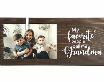 Grandma Sign | Mothers Day Gift | Gift For Mom | Grandma Gift | Grandkids Sign | Mom Sign | Gifts For Grandparents | Pregnancy Announcement