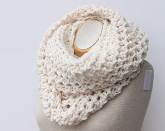 Cream Infinity Scarf, Cowl Scarf, Snood, Fisherman Scarf, Knit Scarf, Womens Scarf, Crochet Scarf, Neck Warmer, Circle Scarf