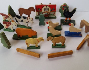 Vintage Miniature German Erzgebirge Putz Farm Animals and Houses, Wood with Gesso, Painted Miniature Wooden German Animals, Germany 1930