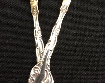 Pair master salt spoons Old English by Towle old and original very good condition