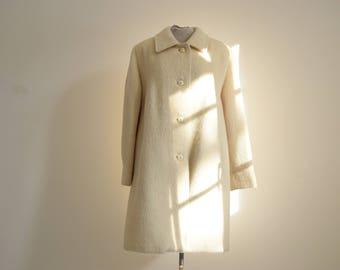 Creamy white mohair wool coat / 80s / made in Belgium / brand Menuetto
