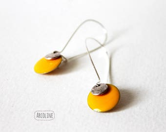 Yellow enameled Sequin earrings