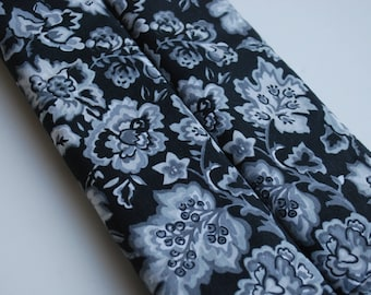 seatbelt covers car 1 pair Black and white floral patterned