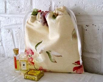 Handmade Chintz Linen Waterproof Washbag