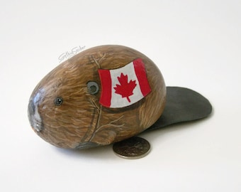Painted rock, painted stone, beaver rock, Canada, Canada Day, Canadian flag, beaver painted rock, beaver stone, beaver with flag, Oh Canada