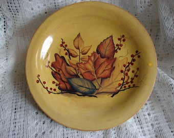 """Leaves & Berries on a Wheat Colored 6"""" Piller Candle Tray"""