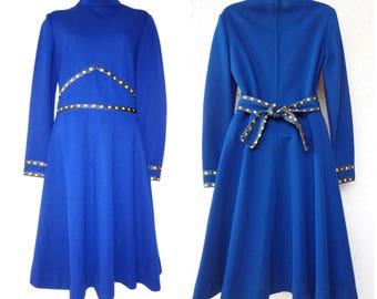 1960s Mod Dress. 1960s Blue Dress. Knit Dress. Long SleeveDress. 1960s  MINI DRESS. High Neck Dress.  Full Skirt. Turtleneck. GoGo Dress. N