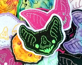Custom Bat Familiar Embroidered Felt Brooch