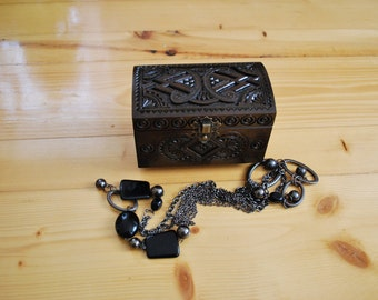 Jewelry box Ring box Carved wood box Ring wedding gifts Jewelry holder Wood carving Wood boxes