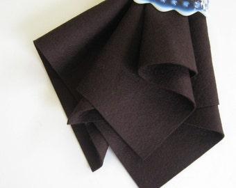 Dark Brown Felt, Pure Merino Wool, Choose Size, 1mm Thick Felt, Washable Felt, Toxin Free, DIY Felt Animals, Waldorf Handwork, Chocolate