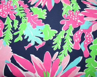 """Lilly Pulitzer~2015~ fabric~ Dark Navy ~""""SIPPIN and TRIPPIN"""" 100% cotton"""