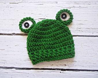 Newborn Frog Hat Photography Prop / Newborn Frog Hat / Baby Frog Hat / Frog Hat / Frog Beanie / Newborn Props