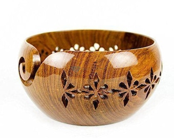 Large Wooden Yarn Bowl - Bol à balle de laine