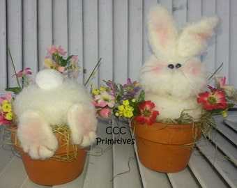 Busy Bunny's - Handmade Bunny's in Flower Pot - Country Bunny - Fuzzy Bunnie - Primitive Bunny's - Spring Bunny's - Easter Bunny's