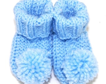 PATTERN knitted baby booties with cable and pompoms