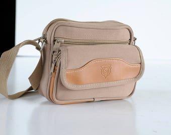 CASE BAG Macgregor Brown Tan  Film Strap Instant Film Camera Bag 35mm analog purse Vintage Case Display Protective TheHeartTheHome 32