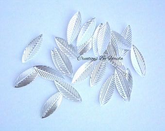 100 charms, silver leaf 21x7.5 mm size