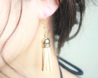 Tassel earring, white, black, brown, Gold plated, Drop earring, Hoop earring,Gold plated Earring, Drop earring